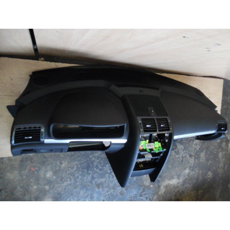 Armaturenbrett   Schalttafel Leder Schwarz Peugeot 407 Coupe Beifahre   {Armaturenbrett auto 71}